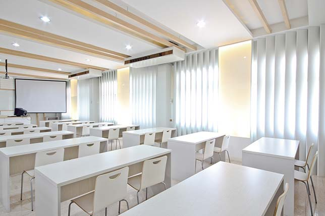 classroom natural lighting example