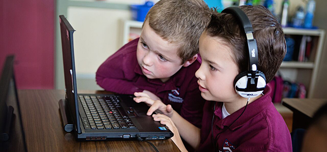 Stratford Schools Collaborate to Produce Hour of Code