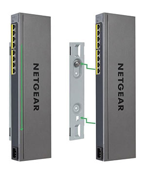 The GS408EPP's design allows for two switches to be mounted in a single 1U rack slot.